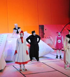 """Samuil Maršak """"Katės namai"""", 2-jų dalių spektaklis vaikams"""